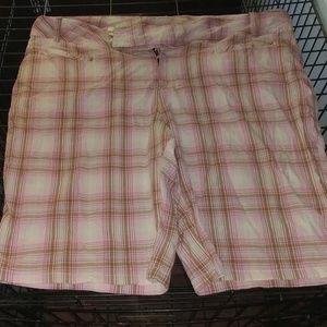 Pants - Pink plaid shorts